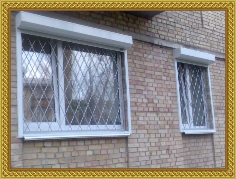 какие решетки поставить на окна балкона фото сети появились
