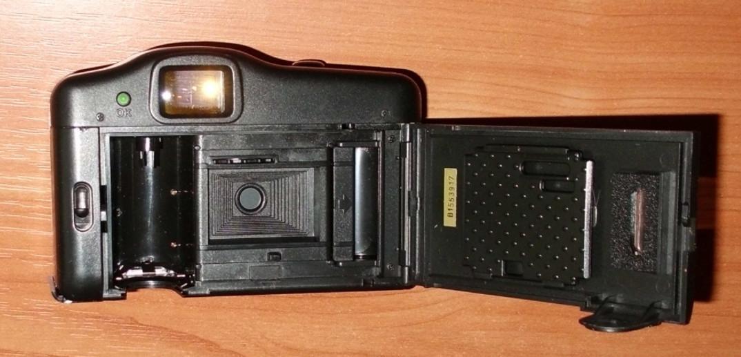 Фотоаппарат к какой группе товаров относится тем