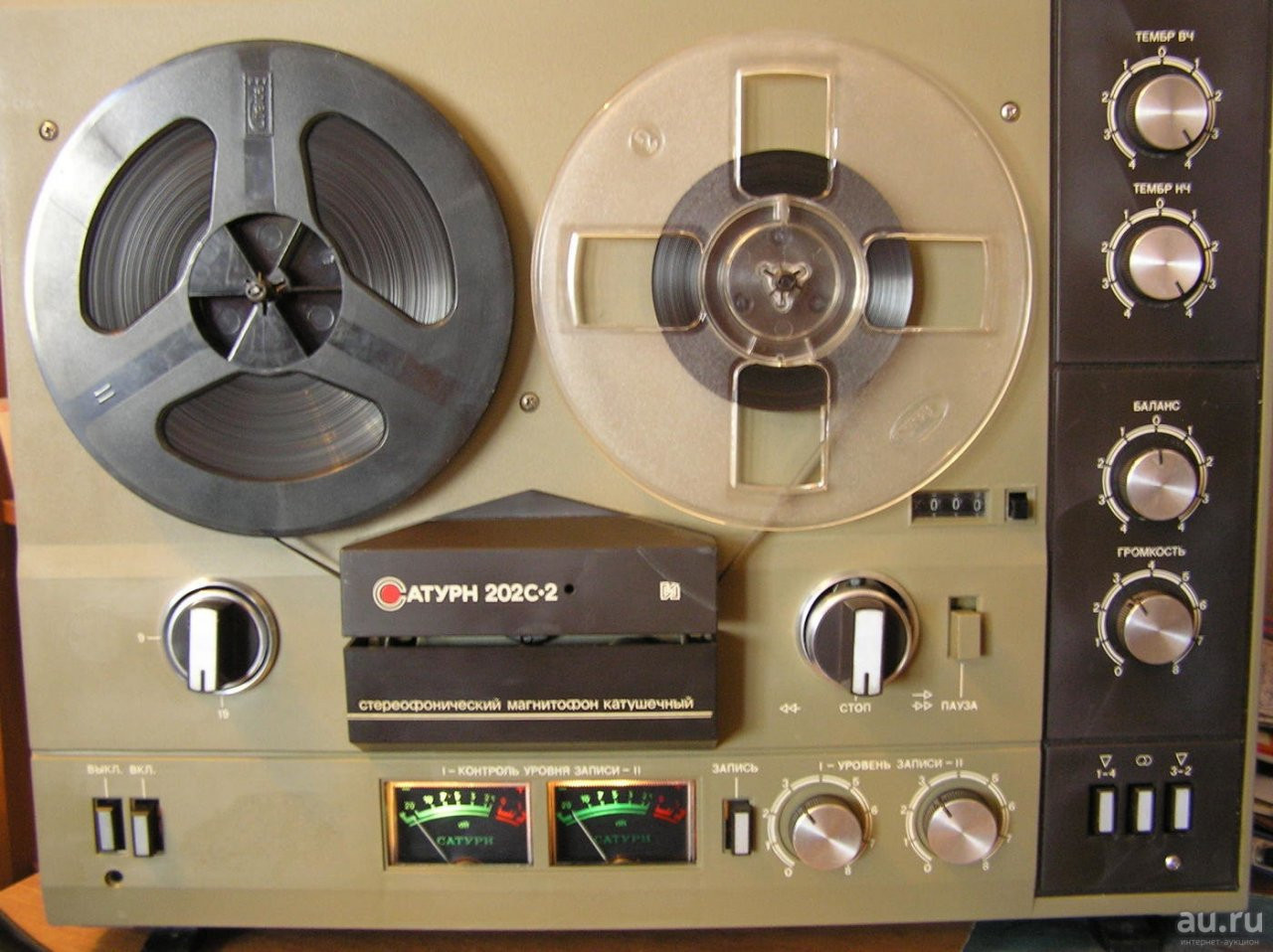 фото катушечного магнитофона тембр стоит огорчаться, если