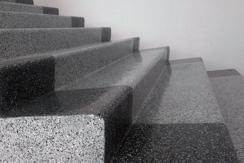 Ремонт бетонных лестниц с нанесением полимерного покрытия